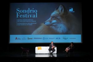 Tanti gli incontri con personaggi famosi, come il giornalista Alessandro Cecchi Paone, che hanno arricchito il Festival